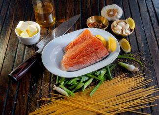 Czy przygotowanie dania z ryby musi być trudne? Wyjaśniamy!