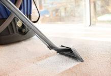 Jak pozbyć się różnych plam z dywanu