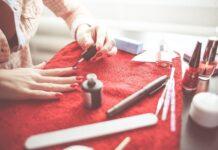 Manicure hybrydowy i żelowy są dziś bardzo popularne